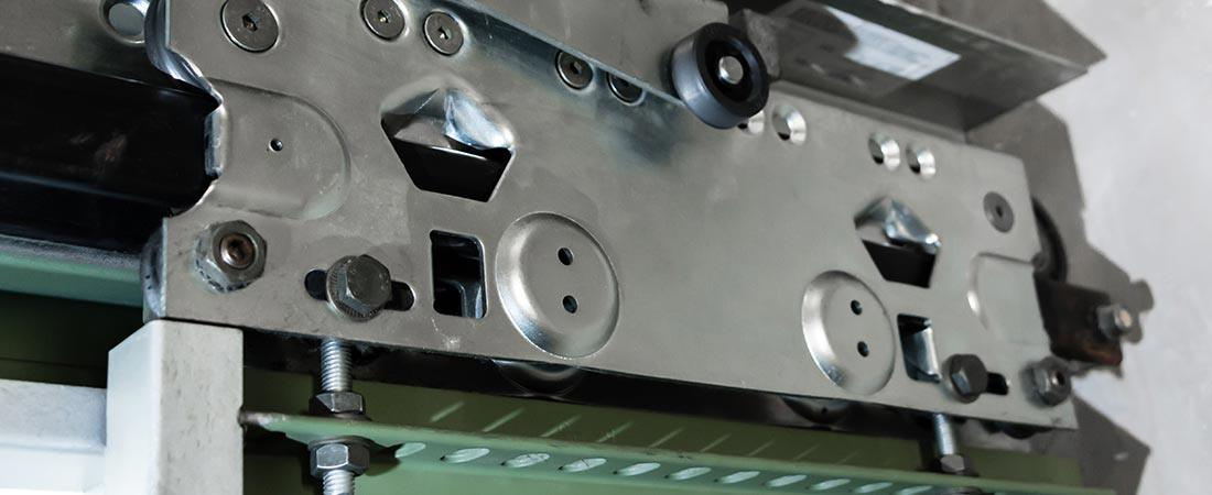 Türantrieb einer Aufzugtüre