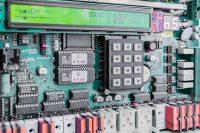 Digitales Display an einer Aufzugsteuerung