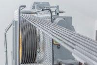 Stahlseile an einem Aufzugantrieb